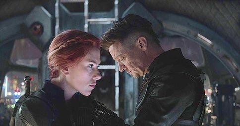 Avengers Endgame Scarlett Johansson Jeremy Renner Marvel Black Widow Hawkeye