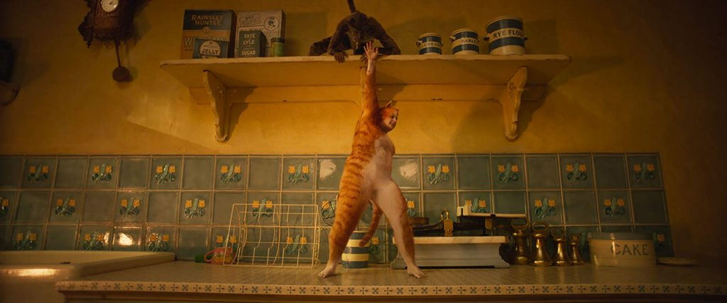 Loud and Clear Reviews Cats movie Rebel Wilson