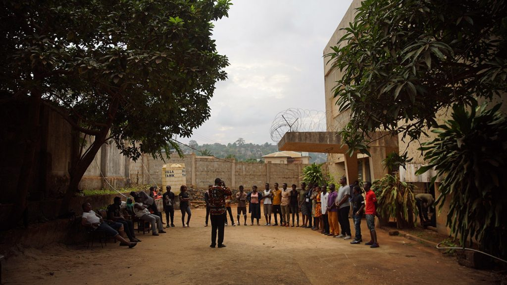 loud and clear reviews Sing, Freetown